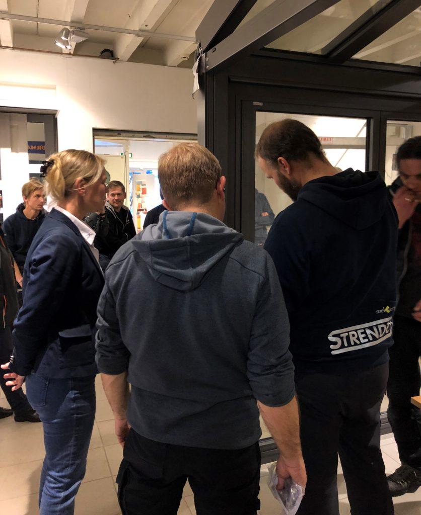 Montering av Solarlux dører til vinterhage hos Gulli Trevarefabrikk