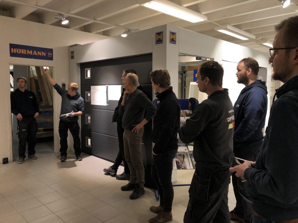 Solarlux gjennomgang av montering vinterhage hos Gulli Trevarefabrikk